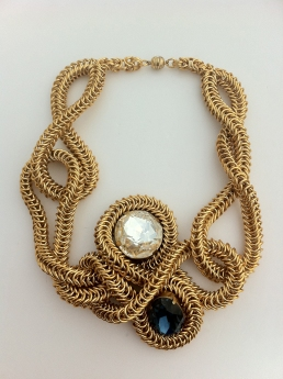 avant garde maille necklace by joyz*k for Angelica Brigade