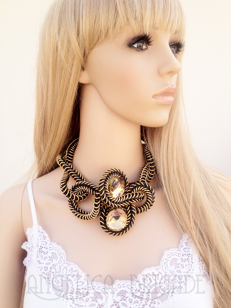 chain mail chainmail knotted swarovski fancy stone black gold angelica
