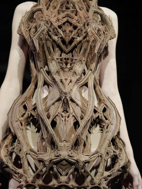 Iris van Herpen haute couture avant garde fashion designer
