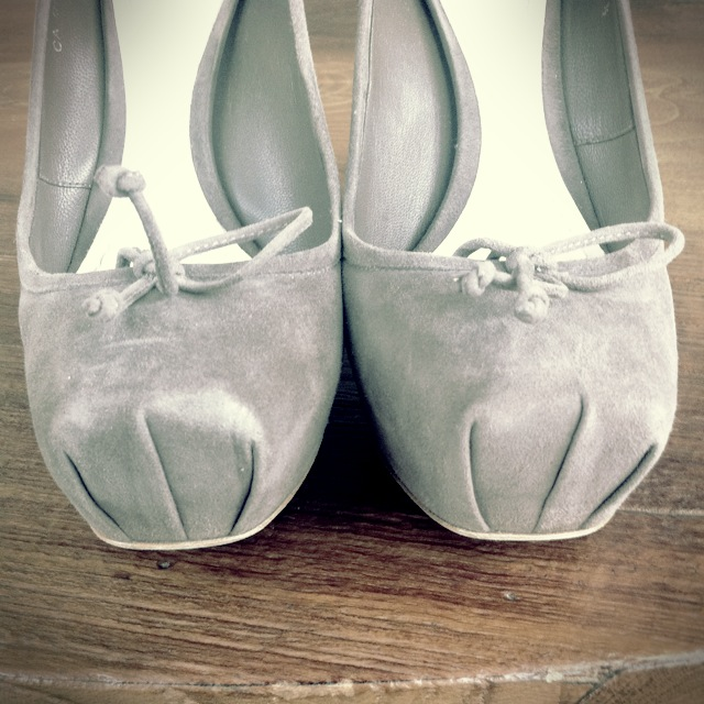 Dior Shoes 2012 Ballet Shoes Inspired Ballerina Pointe Shoes Pumps Beige Chunky Heels Pony Hair and Suede