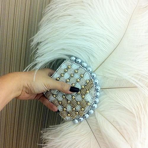 joyce-katuari_angelica-brigade_bead-embroidery_handheld-fan_coquette_0002