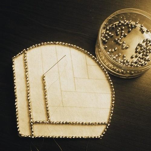 joyce-katuari_angelica-brigade_bead-embroidery_handheld-fan_coquette_0005