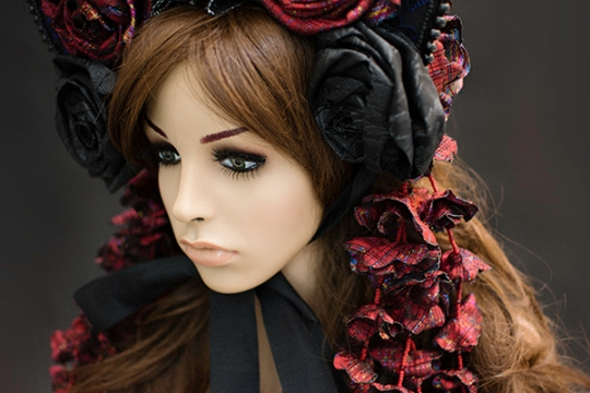 angelica-brigade_demi-couture_bonnet_floral-headpiece_gothic-lolita_victorian_hat_headdress_001